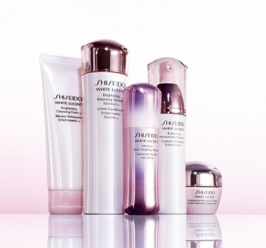 Obtain a Glowing Skin to Match with Your Elegant Clothes Picture