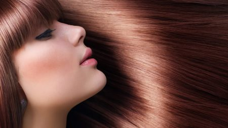 How-to-Have-Shiny-and-Healthy-Hair-Picture